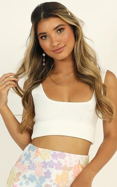 C'est La Vie Knit Top In White