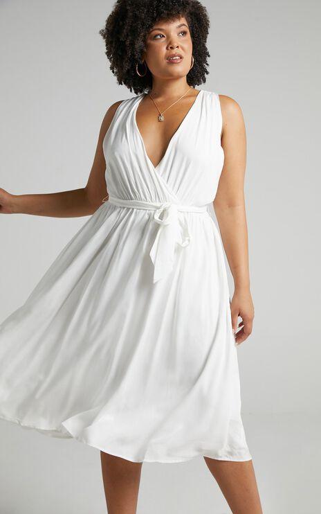 Arlais Dress in White