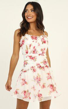Nikita Dress In White Floral