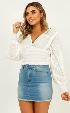 Born For This Top In White Embroidery