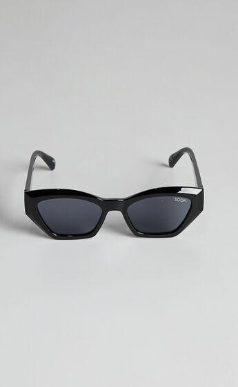 Soda Shades - Phoenix Sunglasses in Black