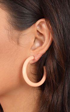 Mad Love Earrings In Peach Resin