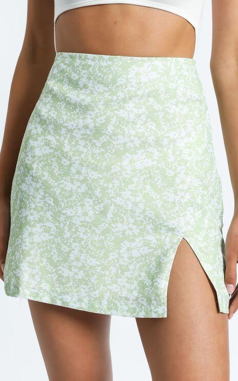 Sazan Skirt in Green Floral