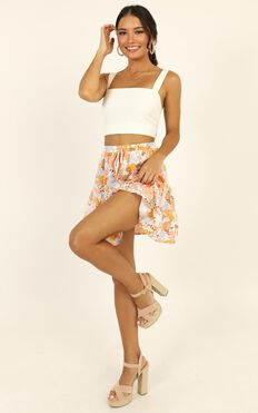 Runaway Show Skirt In Multi Floral