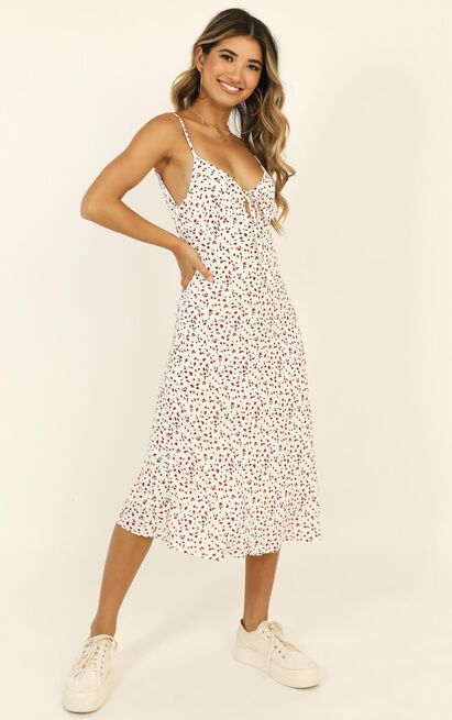 Toss The Dice dress in white floral - 16 (XXL), White, hi-res image number null