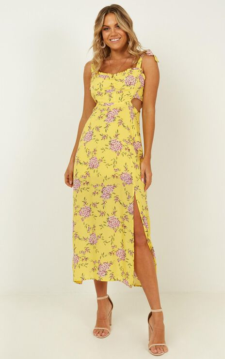 Win My Love Dress In Yellow Floral