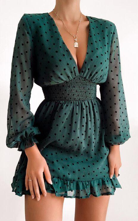 Pretty As You Dress in Emerald Spot