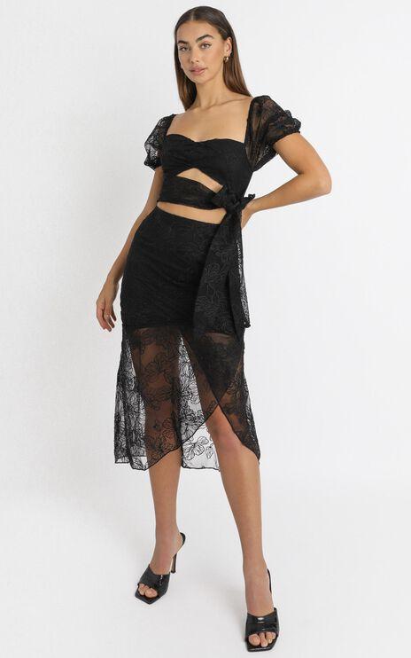 Kamilla Tie Front Midi Dress in black embroidery