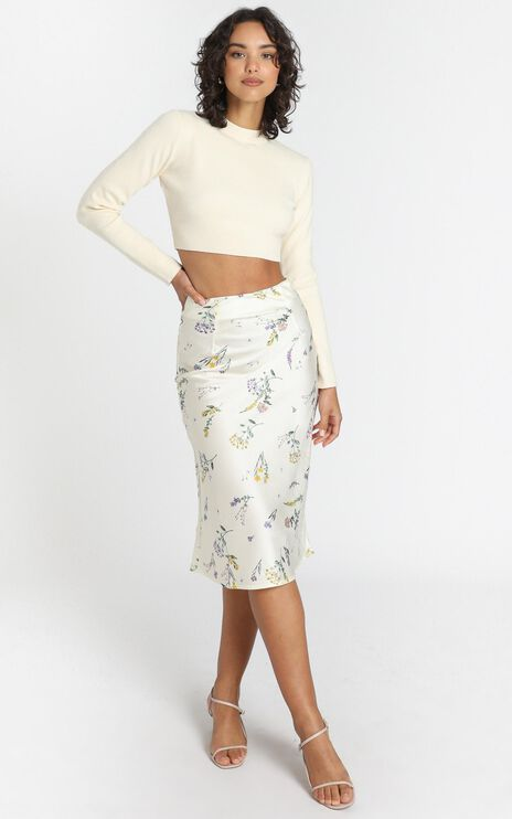 Creating Art Skirt in Botanical Floral