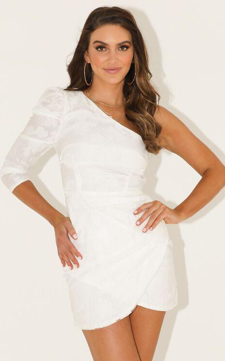 Keep Me Close Dress In White