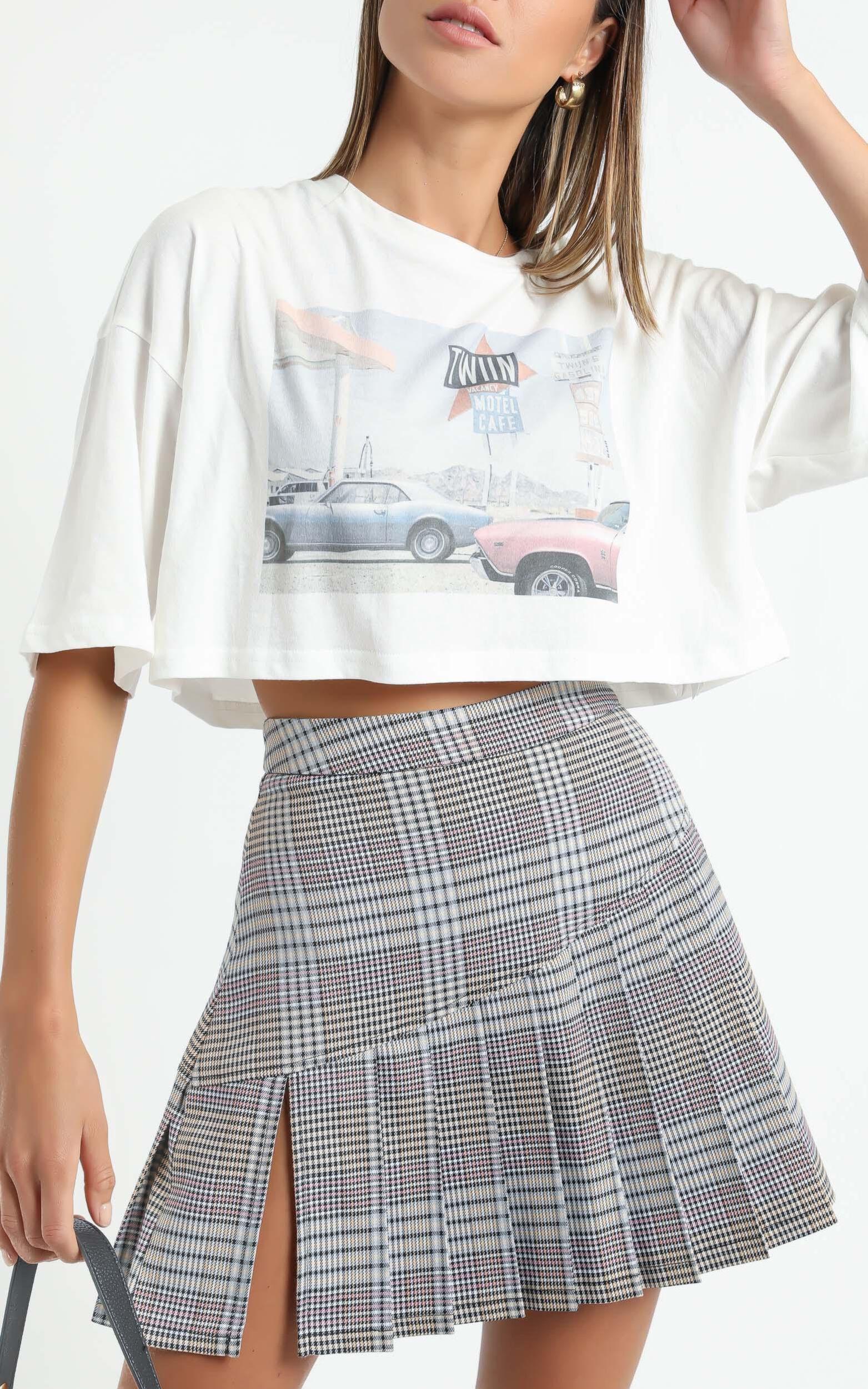 Twiin - Depict Mini Skirt in Multi - XS, Grey, super-hi-res image number null