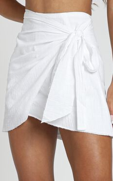Not Happening Skirt In White