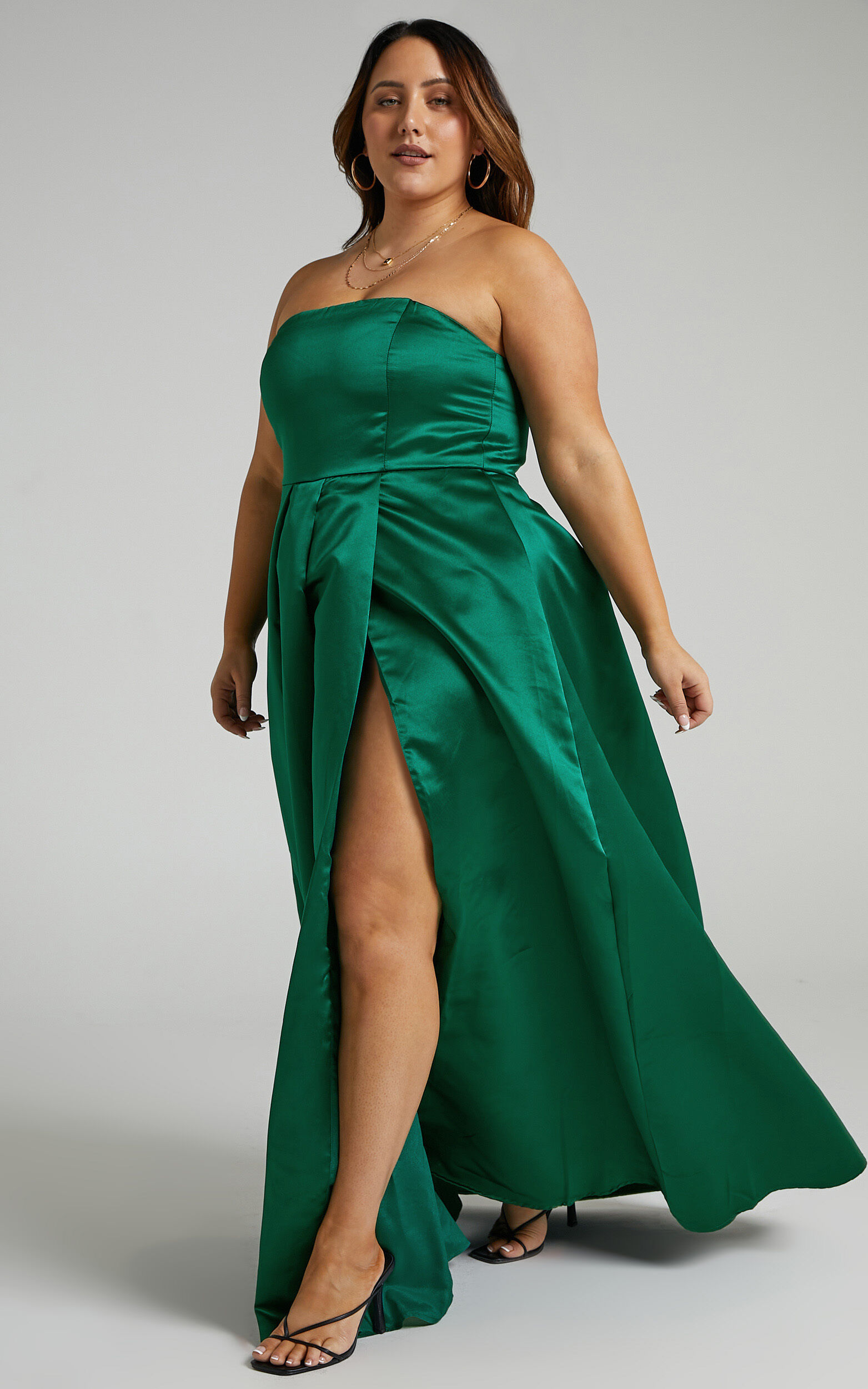 Queen Of The Show Strapless Maxi Dress in Emerald Satin - 04, GRN1, super-hi-res image number null