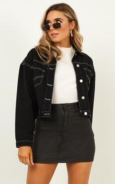 More The Merrier Jacket In Black