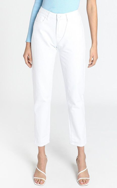 Back It Up MOM Jeans in White