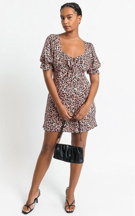 Svana Dress in Leopard