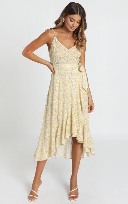 Josie Ruffle Hem Midi Dress in mustard floral - 14 (XL), Mustard, hi-res image number null
