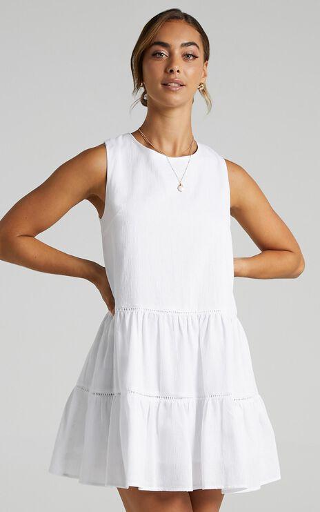 Inferi Dress in White