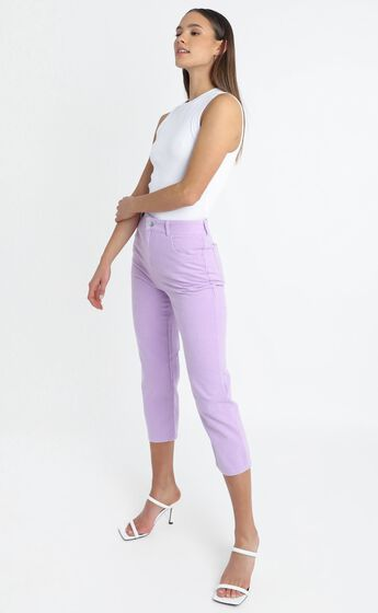 Elisa Jeans in Lilac