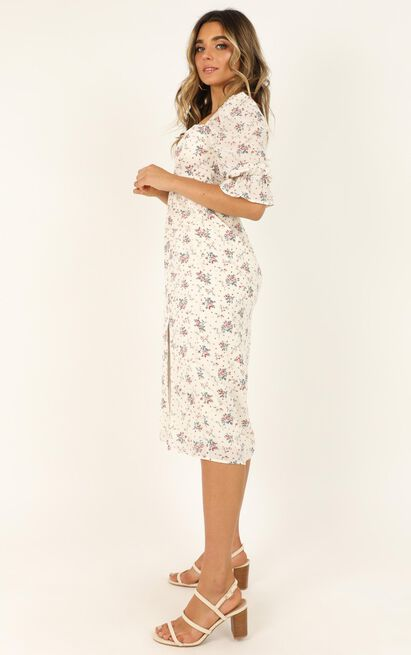 Silence Dress in white floral - 20 (XXXXL), White, hi-res image number null
