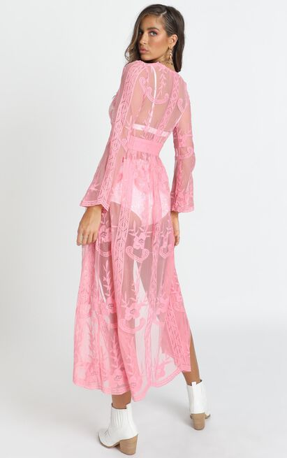 Looking in the Mirror Kimono in pink lace - 20 (XXXXL), Pink, hi-res image number null