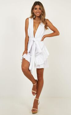 Slow Searching Dress In White