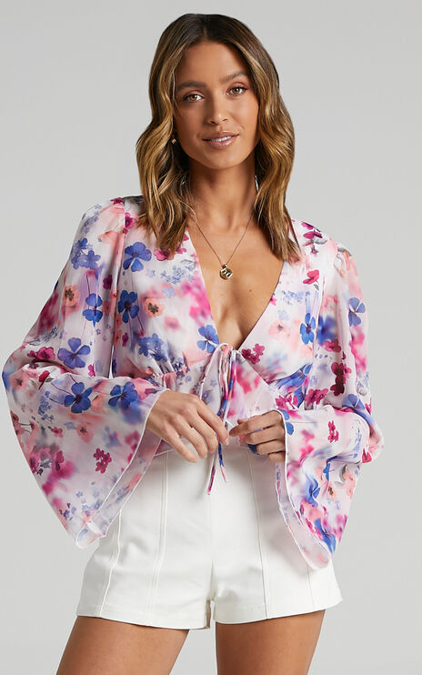 Dance It Out Top in Blur Floral