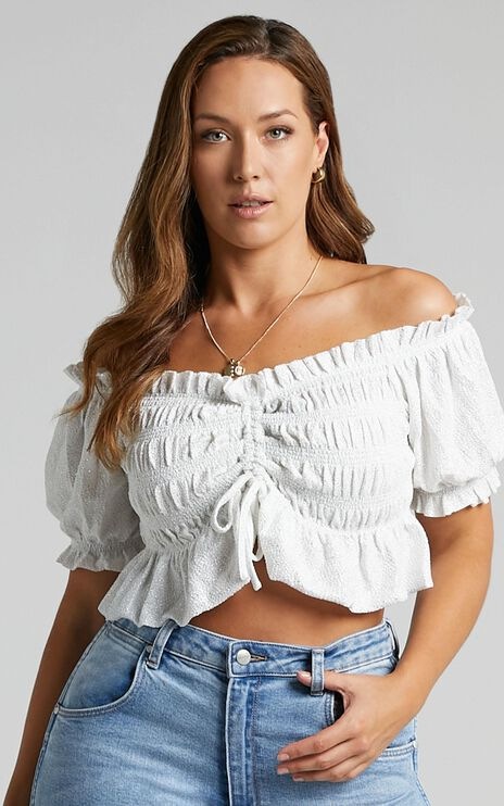 Pheby Top In white