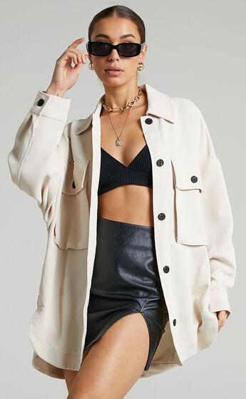 Valenntina Oversized Button Up Jacket in Cream