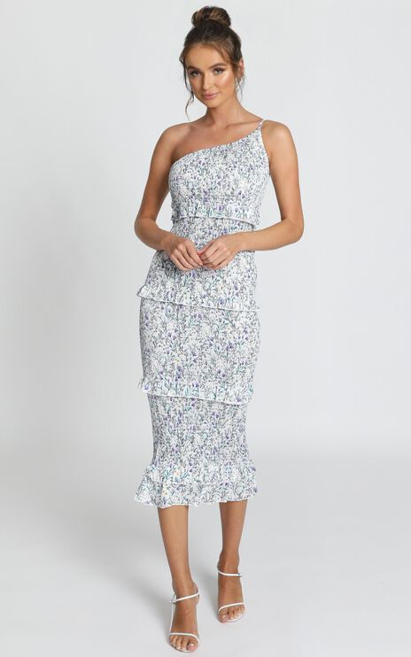 Little More Attention Dress In White Floral