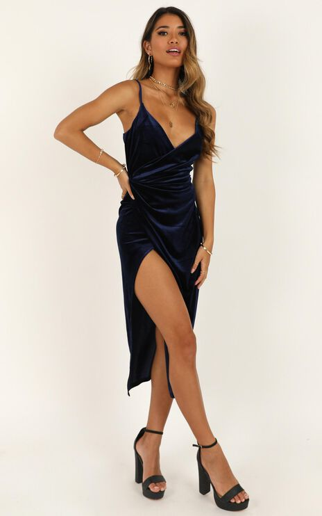 Loving Blind Dress in navy velvet