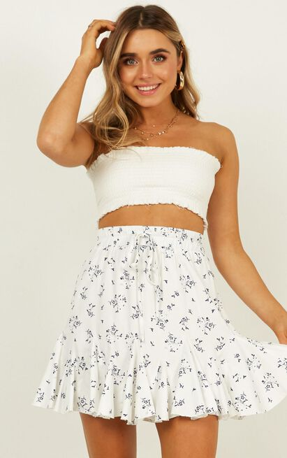 Pass the Message On Skirt  In white floral - 20 (XXXXL), White, hi-res image number null