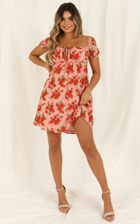 Lunch Date Dress In Peach Floral
