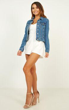 Summer Loving Denim Jacket In Mid Wash