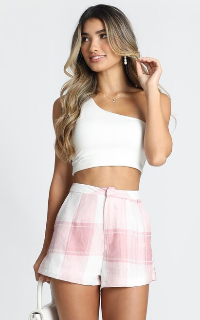 On The Loose Shorts in blush check - 20 (XXXXL), Blush, hi-res image number null