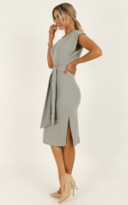 Closing Up Dress In Grey - 20 (XXXXL), Grey, hi-res image number null