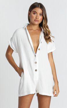Reta Textured Playsuit In White