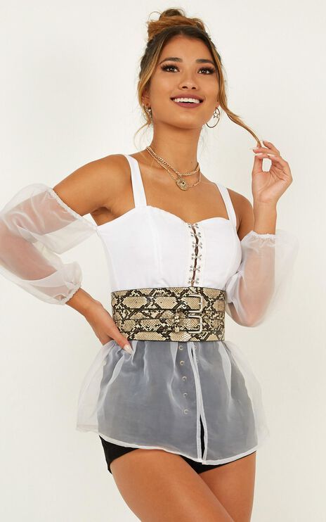 Keeping Close Top In White Organza