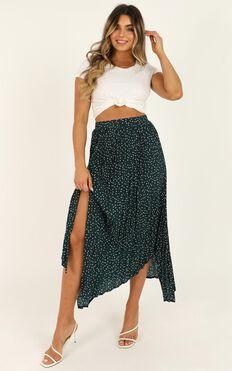 Feel The Rain Skirt In Emerald Spot