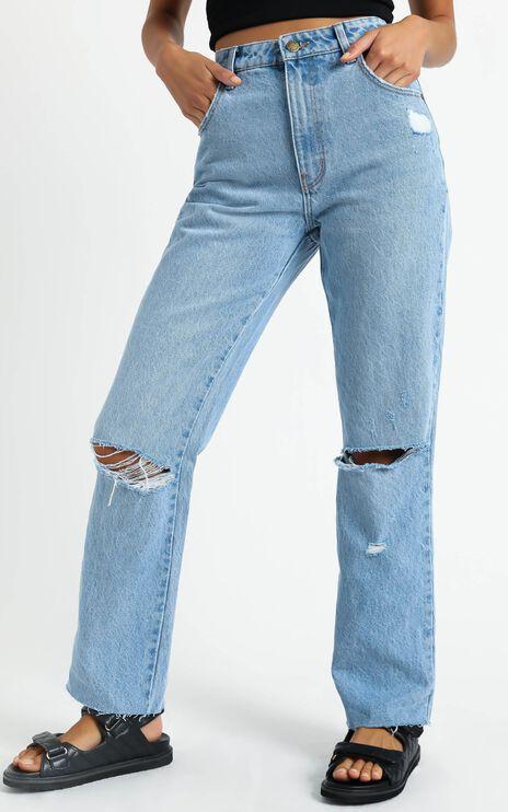 Rollas - Original Straight Jean in City Worn