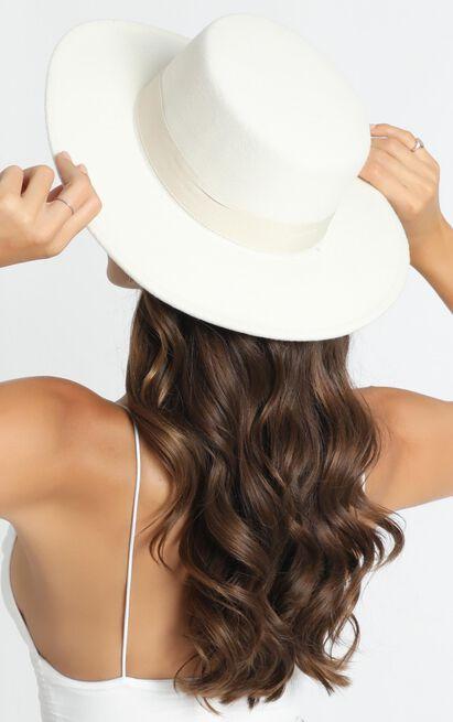 Sara Felt Hat In White, , hi-res image number null