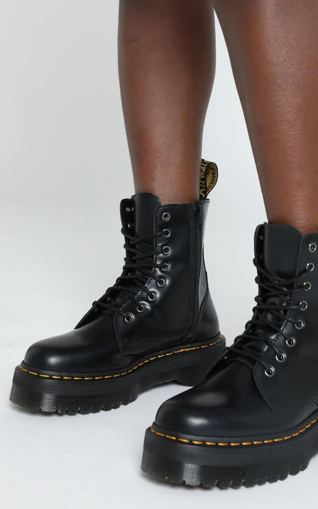 Dr. Martens - Jadon 8 Eye Boot in Black Polish