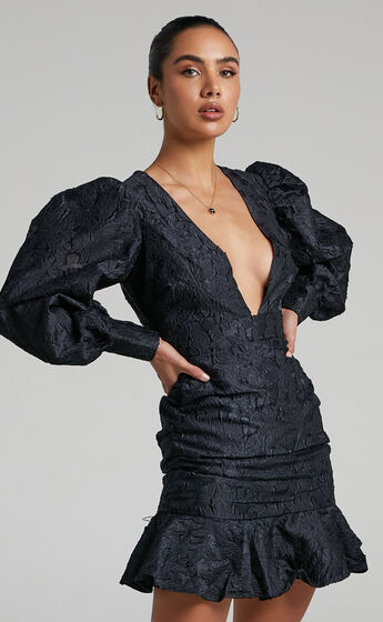 Baxia Textured Balloon Sleeve Mini Dress in Black