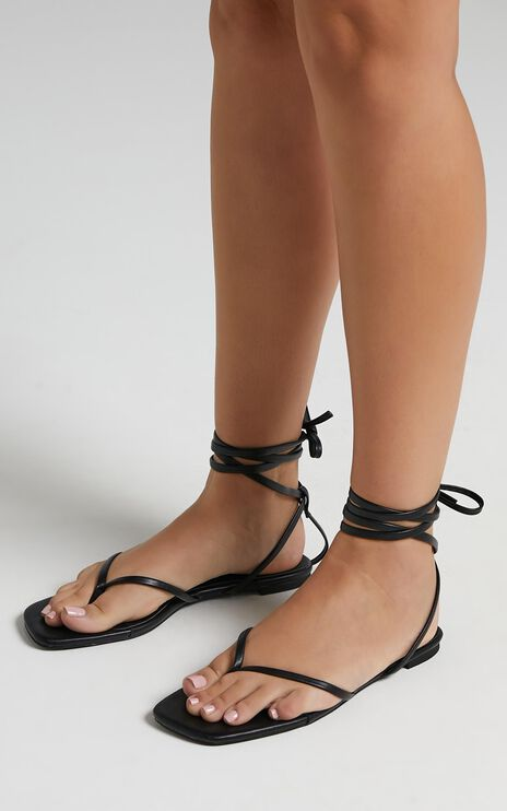 Billini - Aubrey Sandals in Black