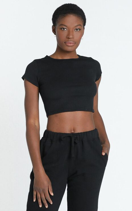 Quick Confessions Crop Tee in Black