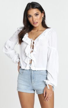Nora Ruffle Top In White