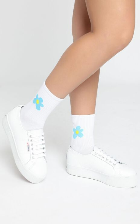 Fashion Footprint Flower Socks in White and Blue