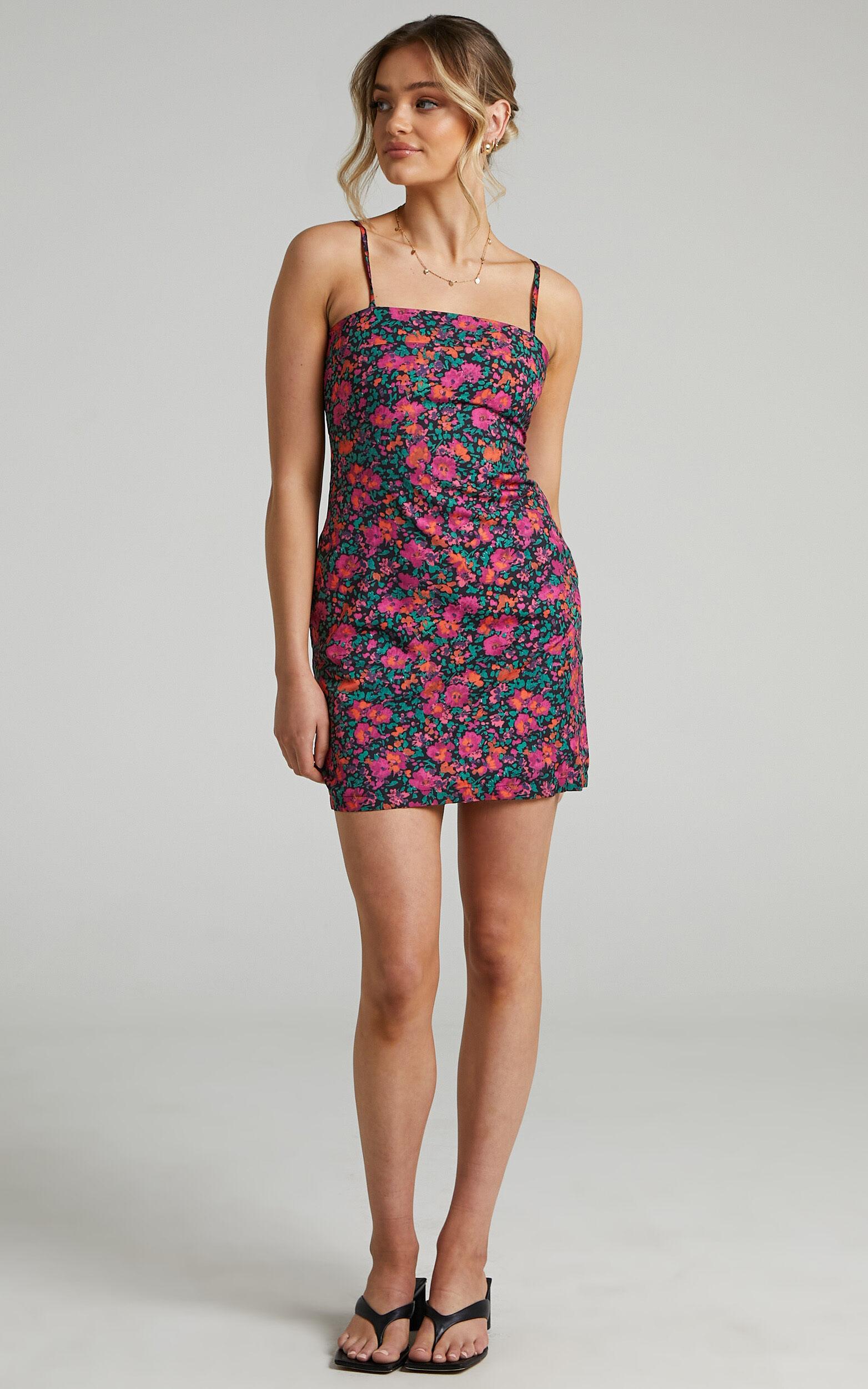 Wynn Dress in Black Floral - 08, BLK1, super-hi-res image number null