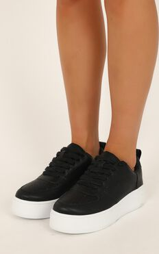 Verali - Pepper Sneakers In Black Smooth