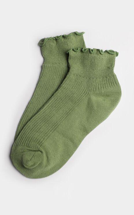 Simple Mind Ruffle Socks In Sage